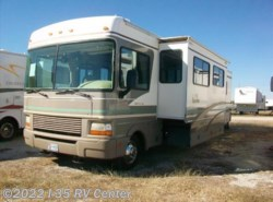 Used 2000  Fleetwood  **Bounder 34D by Fleetwood from I-35 RV Center in Denton, TX