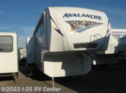 Used 2011  Keystone Avalanche 290RL by Keystone from I-35 RV Center in Denton, TX