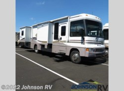 Used 2005  Winnebago  Voyager 33V by Winnebago from Johnson RV in Sandy, OR