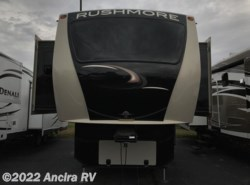 Used 2015  CrossRoads Rushmore Lincoln by CrossRoads from Ancira RV in Boerne, TX