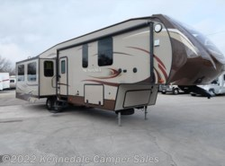 Used 2014  Heartland RV Sundance Platinum 3270RES 37' by Heartland RV from Kennedale Camper Sales in Kennedale, TX