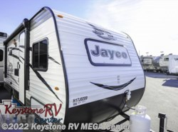 New 2017  Jayco Jay Flight SLX 174BH by Jayco from Keystone RV MEGA Center in Greencastle, PA