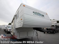 Used 2004  Gulf Stream Conquest 23FRBL by Gulf Stream from Keystone RV MEGA Center in Greencastle, PA