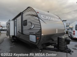 Used 2017  Coachmen Catalina 293RLDS by Coachmen from Keystone RV MEGA Center in Greencastle, PA