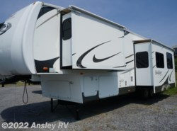Used 2009  Forest River Sandpiper 316BHT by Forest River from Ansley RV in Duncansville, PA