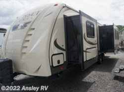 New 2017  CrossRoads Sunset Trail Grand Reserve ST33RL by CrossRoads from Ansley RV in Duncansville, PA