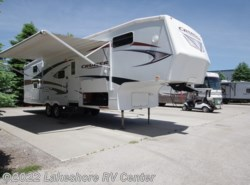 Used 2011  CrossRoads Cruiser CF30QB by CrossRoads from Lakeshore RV Center in Muskegon, MI