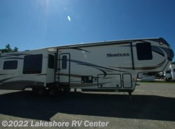 New 2016  Keystone Montana 3720RL by Keystone from Lakeshore RV Center in Muskegon, MI
