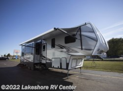 New 2018 Keystone Carbon 357 available in Muskegon, Michigan
