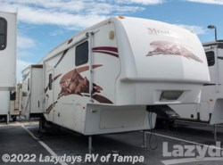 Used 2007  Keystone Montana 3075RL by Keystone from Lazydays in Seffner, FL