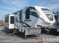Used 2017  Grand Design Momentum M350 by Grand Design from Lazydays in Seffner, FL