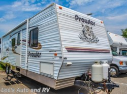 Used 2004  Fleetwood Prowler 320DBHS by Fleetwood from Lee's Auto and RV Ranch in Ellington, CT