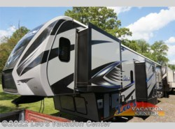 New 2017  Keystone Fuzion 371 by Keystone from Leo's Vacation Center in Gambrills, MD