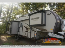 Used 2013  Forest River Rockwood Signature Ultra Lite 8289WS