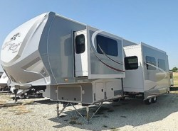 New 2017  Open Range Open Range ROAMER 376FBH by Open Range from McClain's Longhorn RV in Sanger, TX