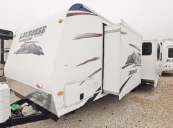 Used 2011  Glaval Primetime LACROSSE 301RLS by Glaval from McClain's Longhorn RV in Sanger, TX