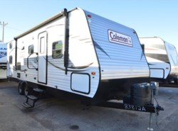 Used 2015  Dutchmen Coleman 262BHS by Dutchmen from McClain's RV Oklahoma City in Oklahoma City, OK