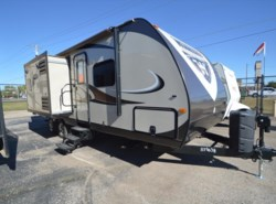 Used 2014  Winnebago Ultralite 27RBS by Winnebago from McClain's RV Oklahoma City in Oklahoma City, OK