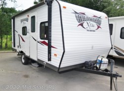 Used 2014  Forest River Wildwood X-Lite 184BH