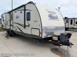 Used 2015  Coachmen Freedom Express 320BHDS by Coachmen from Mid-State RV Center in Byron, GA