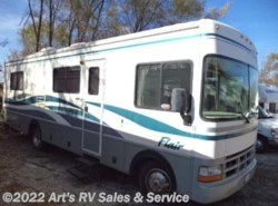Used 1999  Fleetwood Flair 30H by Fleetwood from Art's RV Sales & Service in Glen Ellyn, IL