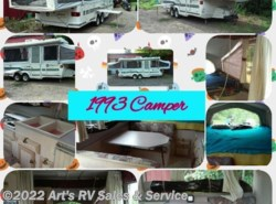 Used 1993 Jayco Camping Trailers CARDINAL 6 available in Glen Ellyn, Illinois