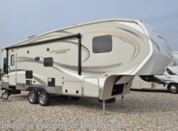 Used 2015  CrossRoads Cruiser Aire CAF27RL by CrossRoads from Motor Home Specialist in Alvarado, TX
