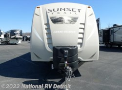 New 2017  CrossRoads Sunset Trail Grand Reserve ST32BH by CrossRoads from National RV Detroit in Belleville, MI