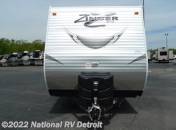 New 2017  CrossRoads Zinger ZT28BH by CrossRoads from National RV Detroit in Belleville, MI
