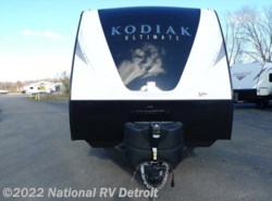 New 2017  Dutchmen Kodiak 330BHSL by Dutchmen from National RV Detroit in Belleville, MI