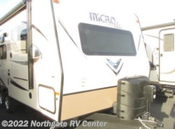 New 2017  Forest River Flagstaff Micro Lite 21FBRS by Forest River from Northgate RV Center in Louisville, TN