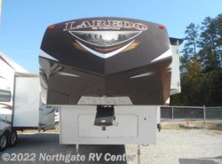 Used 2014  Keystone Laredo 290RE by Keystone from Northgate RV Center in Ringgold, GA