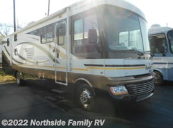 Used 2010  Fleetwood Bounder Classic 35S by Fleetwood from Northside RVs in Lexington, KY