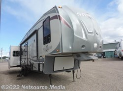 Used 2012  Forest River Wildcat Sterling 32RL by Forest River from Northwest RV Sales in Salem, OR