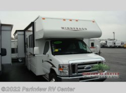 Used 2014  Winnebago Minnie Winnie 31H by Winnebago from Parkview RV Center in Smyrna, DE