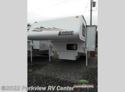 Used 2005  Lance  Lance 1181 by Lance from Parkview RV Center in Smyrna, DE