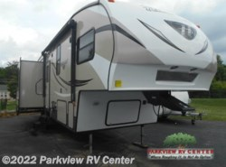 Used 2015 Keystone Hideout 299RLDS available in Smyrna, Delaware