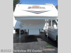 Used 2015  Lance  Lance 995 by Lance from Parkview RV Center in Smyrna, DE