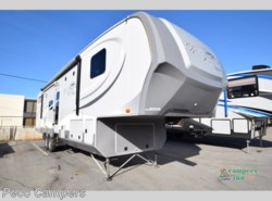 Used 2013  Highland Ridge Mesa Ridge 367BHS by Highland Ridge from Campers Inn RV in Tucker, GA