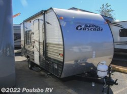 Used 2015  Forest River  CASCADE LITE 16FQ by Forest River from Poulsbo RV in Auburn, WA