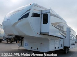 Used 2011  CrossRoads Cruiser Patriot Edition 335SS by CrossRoads from PPL Motor Homes in Houston, TX