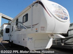 Used 2010  Heartland RV Bighorn 3610RE by Heartland RV from PPL Motor Homes in Houston, TX
