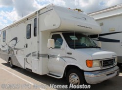 Used 2004  Winnebago Minnie Winnie 31C by Winnebago from PPL Motor Homes in Houston, TX