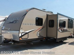 Used 2014  Fleetwood Wilderness 2850BH by Fleetwood from PPL Motor Homes in Houston, TX