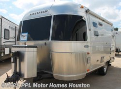 Used 2011  Airstream Flying Cloud  by Airstream from PPL Motor Homes in Houston, TX