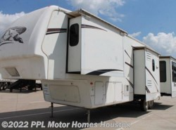 Used 2007  Keystone Montana 3600RE by Keystone from PPL Motor Homes in Houston, TX