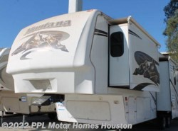 Used 2007  Keystone Montana 3400RL by Keystone from PPL Motor Homes in Houston, TX