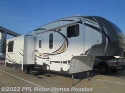 Used 2013 Forest River Wildcat 293REX available in Houston, Texas