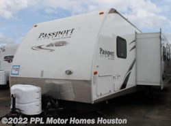 Used 2012  Keystone Passport 3220 BH by Keystone from PPL Motor Homes in Houston, TX