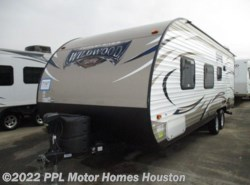 Used 2016  Forest River  X-Lite Wildwood 241QBXL by Forest River from PPL Motor Homes in Houston, TX